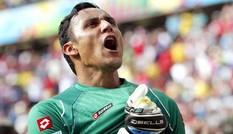 Người hùng tuyển Costa Rica cập bến Real
