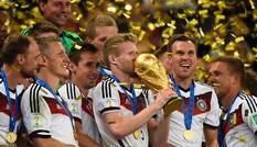TIN NHANH World Cup tối 14/7: Đức ăn mừng, Argentina bạo loạn