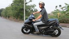 Giảm xóc sau cong lò xo, Yamaha Việt Nam nói an toàn!