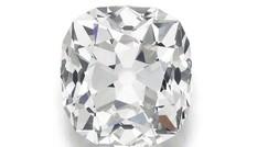 Mua nhẫn giá rẻ ở chợ trời, hóa ra kim cương cả chục tỷ đồng