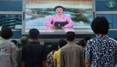 Bí ẩn 'quý bà áo hồng' – Người báo tin tên lửa và hạt nhân Triều Tiên