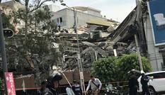 Xót xa 22 trẻ em thiệt mạng do động đất làm sập trường học