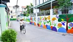 'Làng bích hoạ' đẹp mê mẩn ở ngoại thành Hà Nội