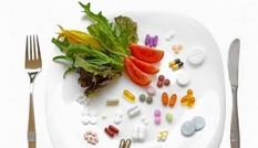Những thực phẩm và thuốc tuyệt đối không nên dùng cùng lúc