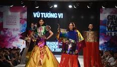Mãn nhãn thời trang độc, lạ của 21 nhà thiết kế trẻ