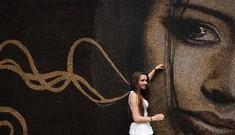 Vẽ chân dung với hàng triệu hạt cà phê