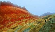Kỳ lạ những ngọn núi sắc màu