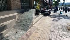 Người dân TPHCM khốn khổ vì đường thấp hơn nền nhà cả mét