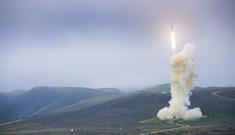 Tổng thống Trump quyết cải thiện hệ thống phòng thủ tên lửa Mỹ