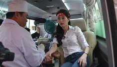 Hoa hậu Thu Thảo hiến máu tại Chủ Nhật Đỏ 2014