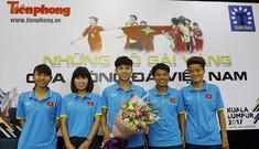 Giao lưu trực tuyến với những 'cô gái vàng' bóng đá Việt