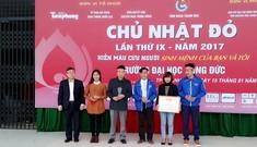 Hàng ngàn sinh viên Thanh Hóa đội mưa tham gia chương trình hiến máu