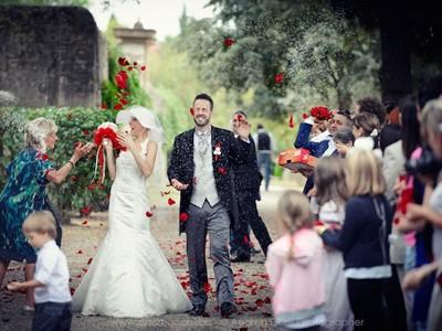 Đám cưới đẹp như mơ của cô gái mắc bệnh ung thư