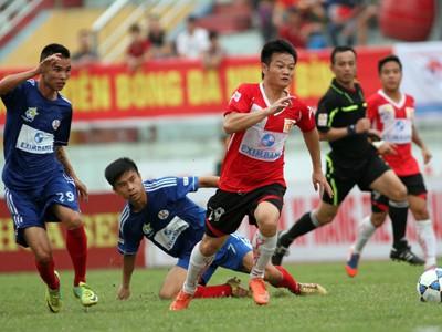 Cúp Quốc gia: Đội dẫn đầu V-League rời cuộc chơi