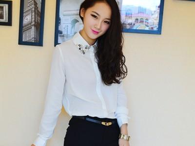 Nổi bật với style đen và trắng