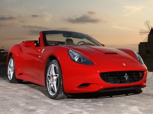 Ferrari tăng sức mạnh cho California đời 2012
