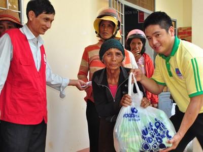 Hỗ trợ gạo cứu đói mùa nắng hạn