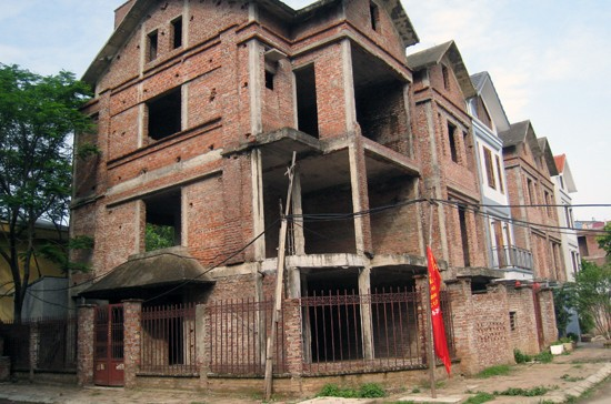 Hơn 90% nhà dự án tại Hà Nội chưa có 'sổ đỏ'