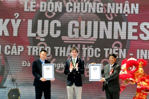 Trao 4 kỷ lục Guinness cho cáp treo Bà Nà