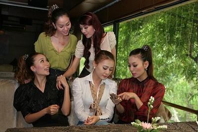 Hà Nội lại có nhóm nhạc nữ