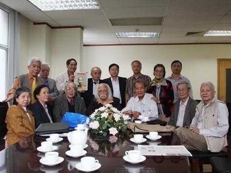 Gặp mặt những thế hệ đầu tiên làm báo Tiền Phong