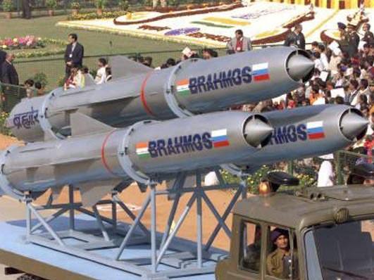 Ấn Độ phóng thành công tên lửa siêu thanh BrahMos phiên bản phóng trên tàu ngầm