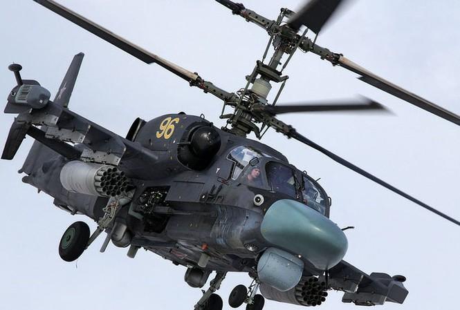 Trực thăng Ka-52: 'Kẻ săn mồi' xinh đẹp