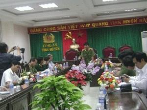 Quang cảnh buổi họp báo về vụ án. (Nguồn: Người Lao Động)