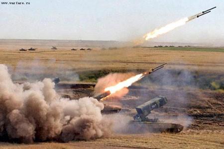 Cận cảnh TOS-1 Buratino khai hỏa