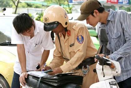 Không được dừng xe để xử phạt 'xe không chính chủ'