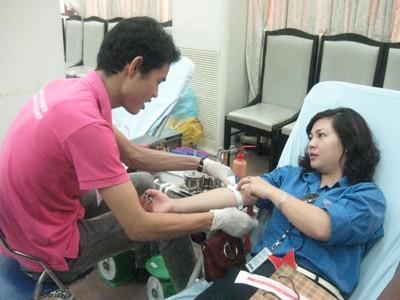 Hiến máu cứu người bị tai nạn giao thông