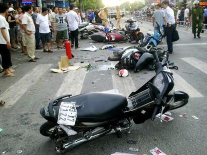 Khởi tố bác sĩ gây ra vụ tai nạn liên hoàn