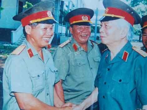 Cựu binh Điện Biên Phủ với Đại tướng