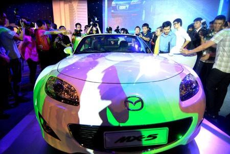 Chiếc xe Mazda trong lễ ra mắt