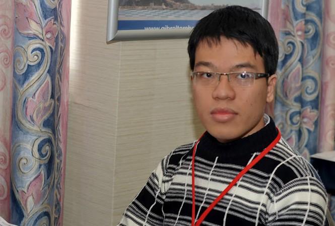 Quang Liêm thắng trận đầu tại Aeroflot Open 2012