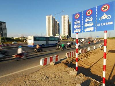 Làm đường 80 km/giờ, buộc xe chạy 40 km/giờ
