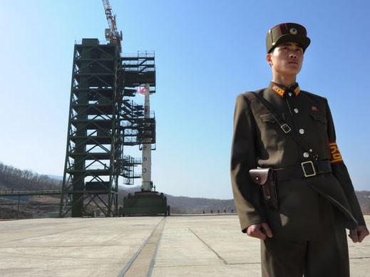 Triều Tiên được gì sau vụ phóng vệ tinh thất bại?