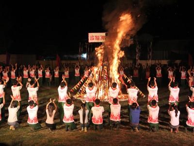 Lửa trại truyền thống