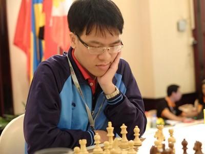 Lê Quang Liêm toàn thắng trong ngày khai mạc