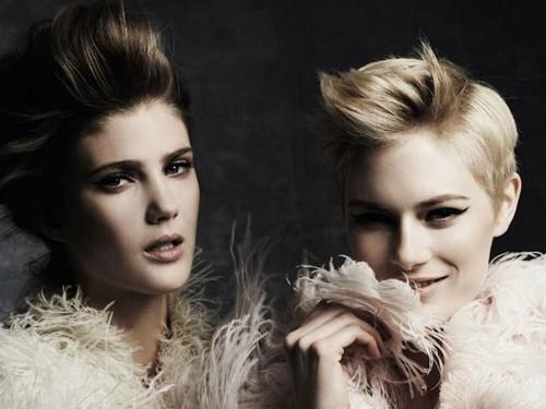 Hai siêu mẫu ngọt ngào trên Harper Bazaar