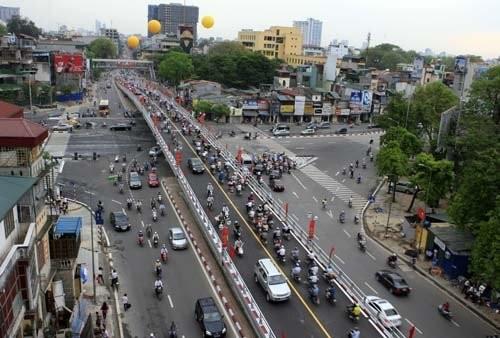 Quy hoạch giao thông, nhìn từ 2 cầu vượt nhẹ