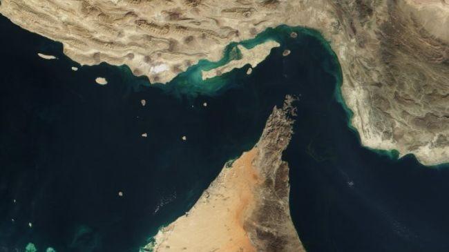 Iran: Không ai có thể vượt qua eo biển Hormuz