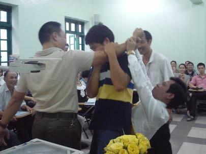 Kinh ngạc lớp học khám phá bộ não ở Hà Nội