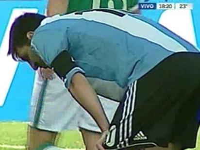 Messi bị nôn, Di Maria thở oxy khi hành xác trên độ cao ở Bolivia