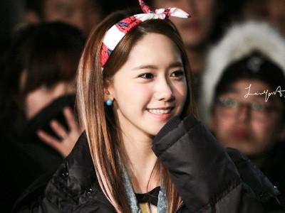 Xu hướng băng đô giúp các cô gái xứ Hàn như búp bê
