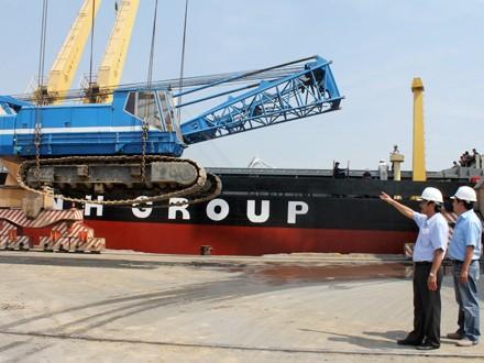 Đại gia Việt mang tỷ USD đầu tư ra nước ngoài