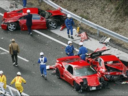 Mười người bị phạt trong vụ tai nạn đắt giá nhất