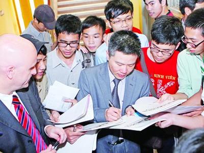 GS Ngô Bảo Châu: Trung thực, say mê là quan trọng nhất