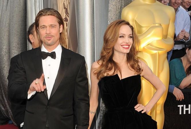 Dàn sao 'bự' đổ bộ thảm đỏ Oscar 2012