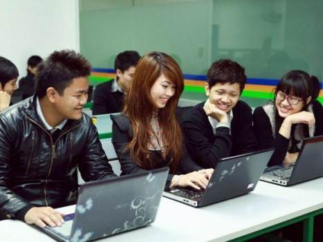 Toàn cầu hóa dạy và học thời internet